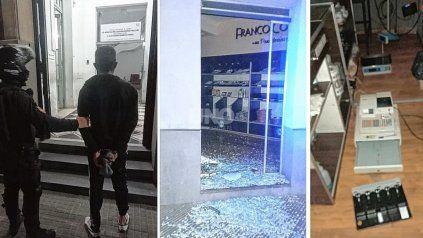 El delincuente fue sorprendido dentro de la panadería ubicada en 1 de Mayo y Juan de Garay.