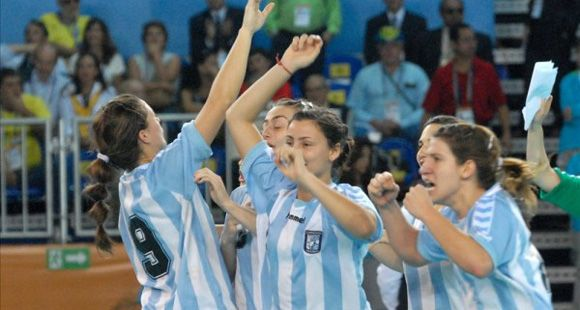Handball femenino: Argentina venció a México y sigue invicta