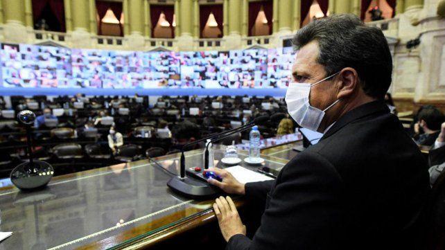 El presidente le solicitó a Massa que el Congreso debata y sancione un programa de mejoras para el monotributo y de alivio fiscal.