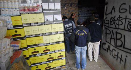 Hallan mercadería robada por medio millón de pesos en un depósito: hay 4 detenidos