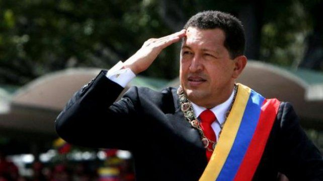 Arriando las banderas chavistas