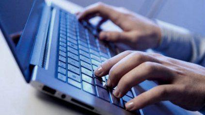 En pandemia. Durante 2020 se aceleró el incremento de los accesos a internet fija en todo el país.