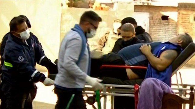 El hombre de 41 años que fue baleado en Solís y Tucumán fue atendido por personal del Sies.