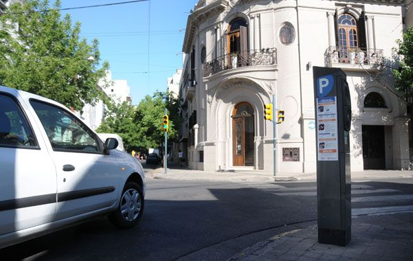 Nueva tarifa. El ticket de estacionamiento en la ciudad hacía un año que no sufría modificaciones. (foto: Virginia Benedetto)