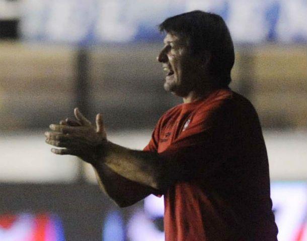 El entrenador rojinegro no anduvo con vueltas y fue lacónico.