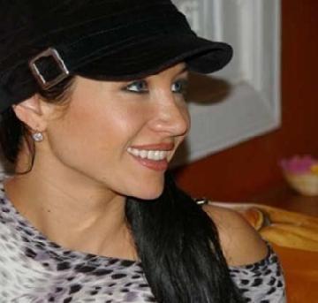 Denunciaron a Adabel Guerrero por usurpación de identidad
