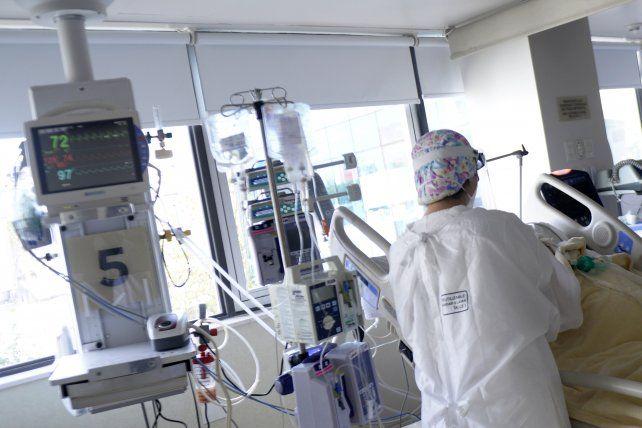 Internación. La permanencia de los pacientes en terapia intensiva ahora ronda los 20 días.