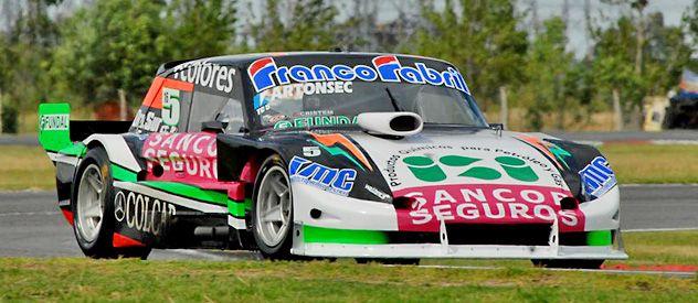 Giallombardo llevó a la bandera a cuadros a su Ford número 5 para consagrarse campón de la categoría.