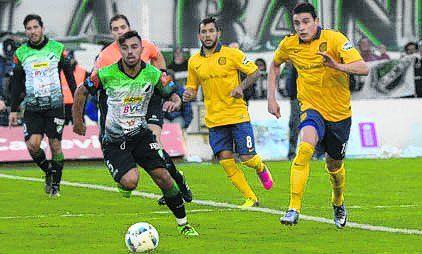 2015/16. Villa Mitre (Bahía Blanca) 1-0. Sosa; Salazar, Burgos, Torsiglieri, C. Villagra; M.Martínez (61