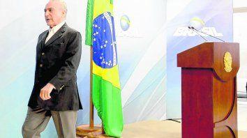 Con Brasil en recesión, por la crisis institucional de Temer, el vecino país comprará menos productos argentinos.