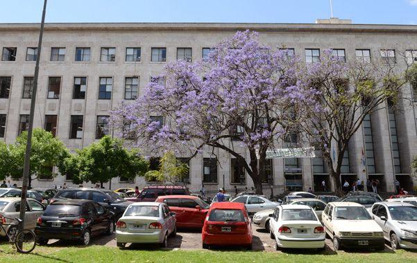 plaza del foro. Una de las dos localizaciones elegida por el municipio para que haya estacionamiento soterrado.