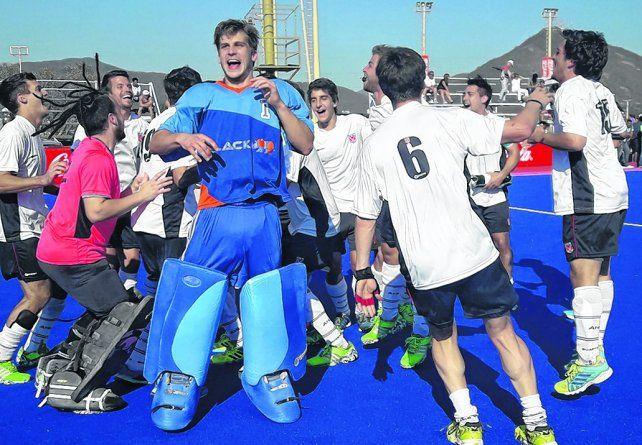 En el Argentino. Agustín Ballarini (de celeste) sostuvo un alto nivel en todo el torneo
