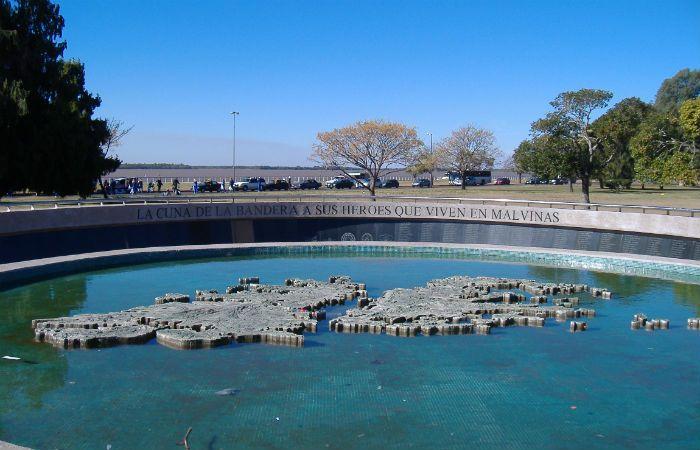 El Monumento a los caídos en Malvinas