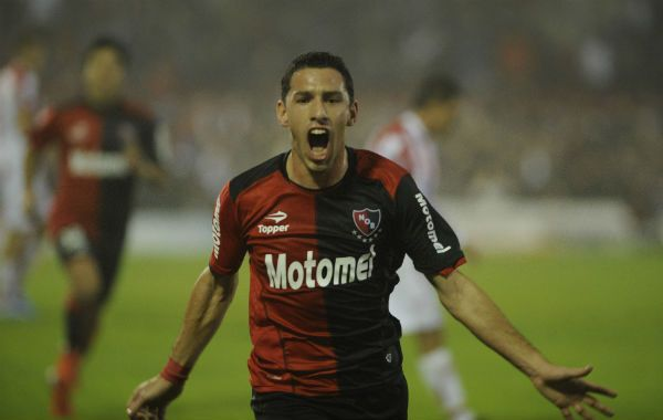Maxi lo grita. El jugador rojinegro marcó goles decisivos en los últimos partidos.