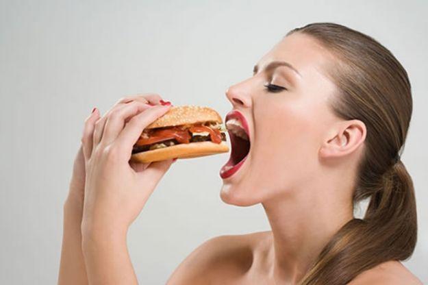 Mayoría. Las mujeres sufren con más frecuencia que los varones los trastornos funcionales del sistema digestivo.