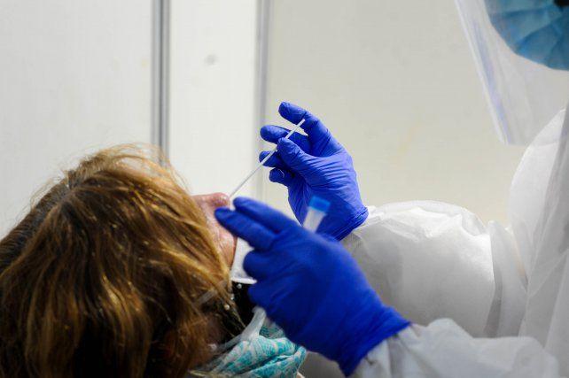 Coronavirus: una de cada diez personas presentan síntomas a tres meses del contagio