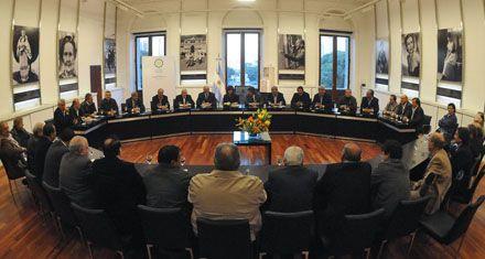 Cristina arrancó el diálogo social con un pedido de mesura a los sindicatos