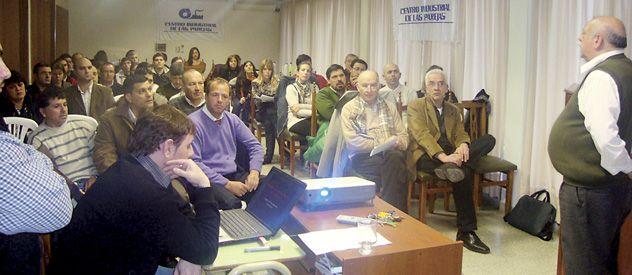 En el Centro Industrial de Las Parejas se realizó una reunión donde participaron el delegado Rosario del Ministerio de Trabajo nacional y empresarios del rubro.