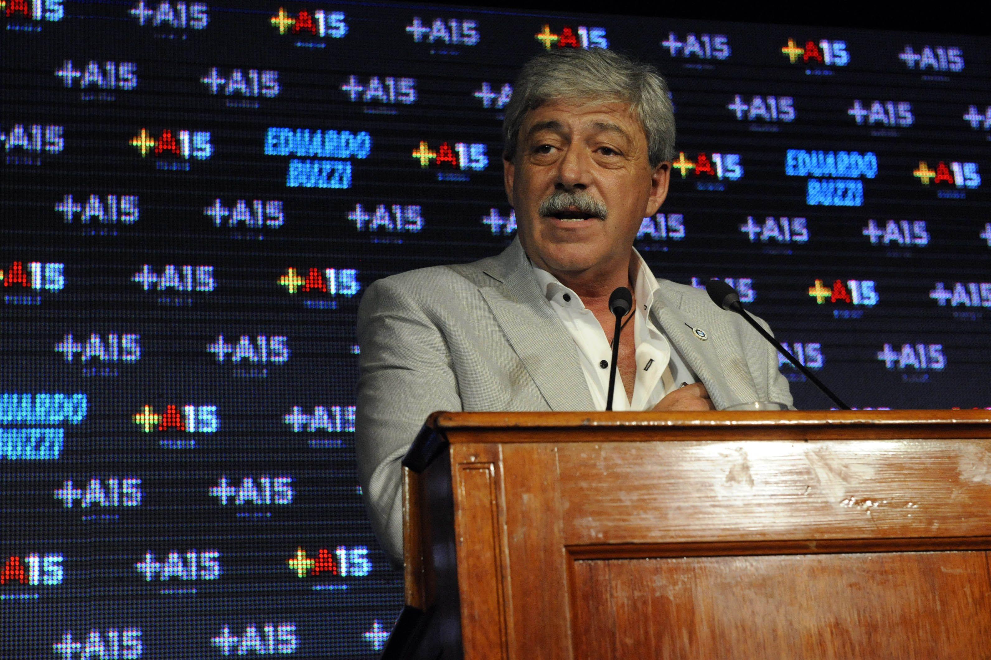 El ex titular de Federación Agraria disparó munición gruesa contra el anunció de la presidenta Cristina Fernánde de Kirchner.