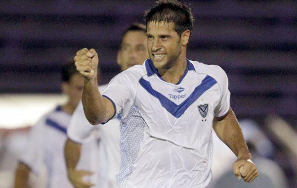 Encaró. El Negro Domínguez encabezó las negociaciones con el fin de tratar de lograr su salida de Vélez.