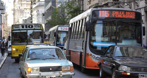 El gobierno nacional subsidia $2,80 por pasaje en Capital Federal y $1,50 en Rosario