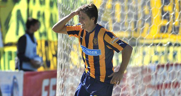 Castillejos, el goleador de Central, disfruta su gran momento
