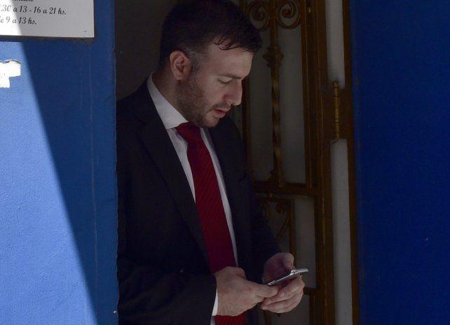 El fiscal tomó licencia mientras se investigan las denuncias.