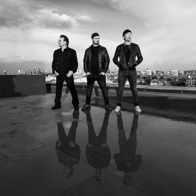 Canción oficial. Bono