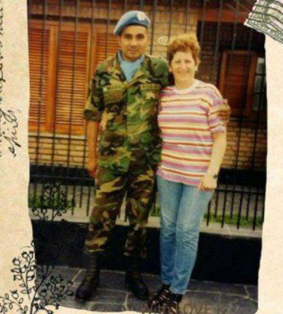 René Aguilar y Silvina Martínez se casaron a la distancia el 9 de junio de 1982.