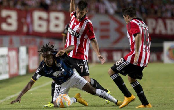 El Pincha viene de golear a Barcelona de Ecuador