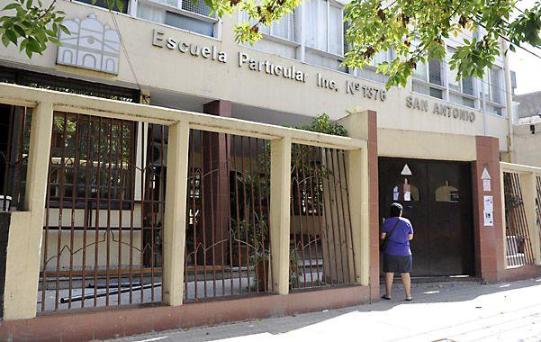 San Martín al 3300. Denuncian que se ha perdido el trato humanitario que caracterizó al colegio. (foto: Néstor Juncos)