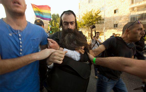Yishaï Shlissel apuñaló a seis personas el pasado jueves. Hoy murió una chica de 16 años.