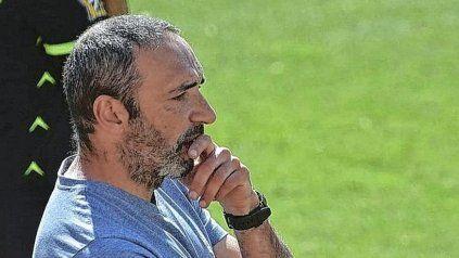 El Vasco Juan Azconzábal tendría las horas contadas como DT de Unión.