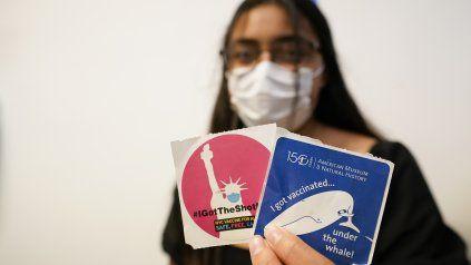 Nueva York ofrece 100 dólares a quienes se vacunen contra el coronavirus