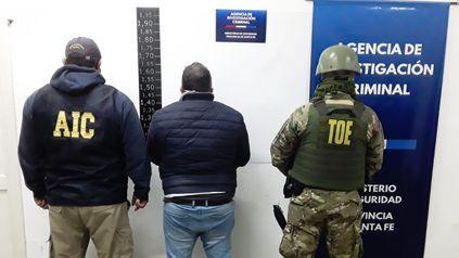 En allanamientos por el asesinato de Mariel Lezcano fue detenido Jorge El Gordo Funes, porque tenía un pedido de captura de la Justicia federal.