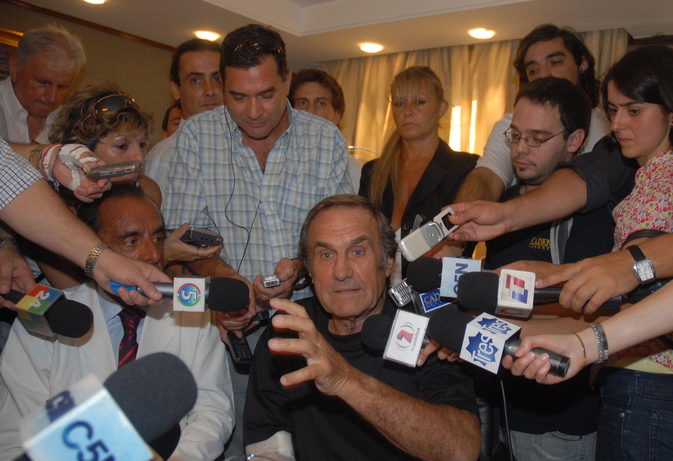 Reutemann afirmó que por ahora no participará en las elecciones provinciales en Santa Fe.
