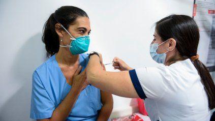 En Venado Tuerto quieren vacunar a los mayores de 18 años con o sin comorbilidades.
