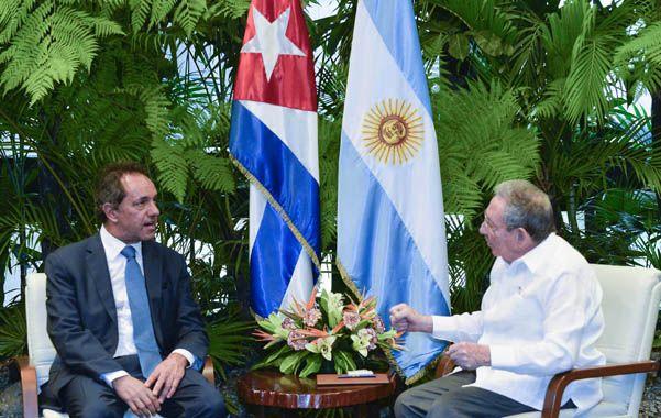 Privilegio. Scioli fue el primer dirigente político extranjero recibido por Castro tras el deshielo entre Cuba y EEUU.