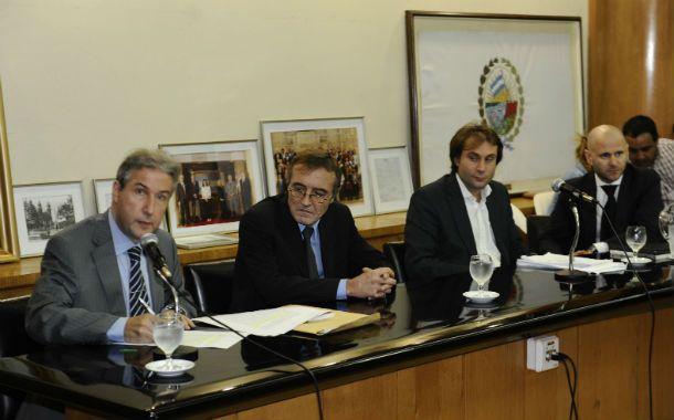 Demoras. Carlos Edwards y Hugo Tognoli plantearon la morosidad judicial. (Foto: S. Toriggino)