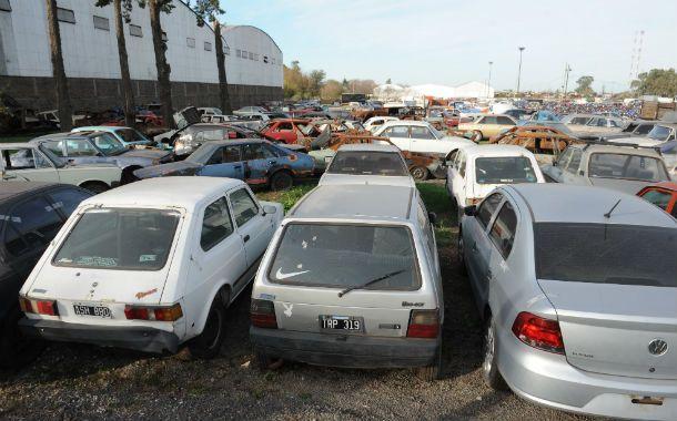 La Municipalidad ya está preparando una nueva compactación de vehículos abandonados en el corralón.