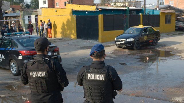 Los taxistas le advirtieron al jefe de policía de Rosario que veían menos móviles en la calle