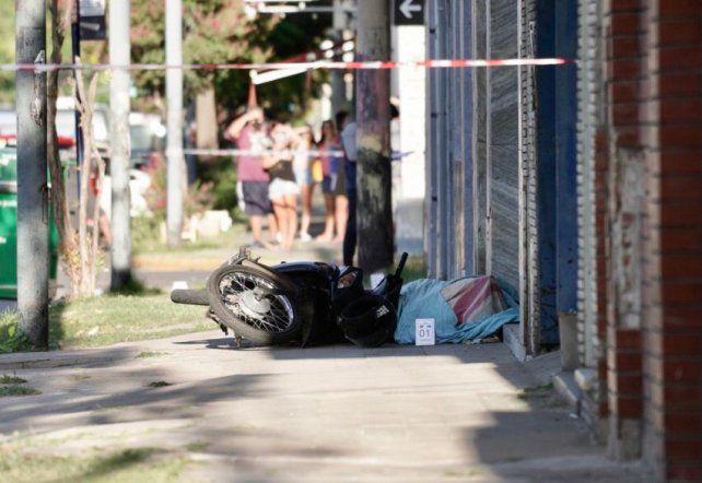 Detuvieron al motochorro que huyó tras enfrentarse a balazos con un policía de civil en zona sur