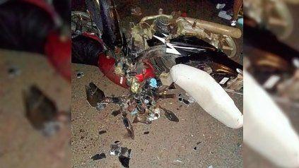 En un choque de motos murieron una nena y su abuelo