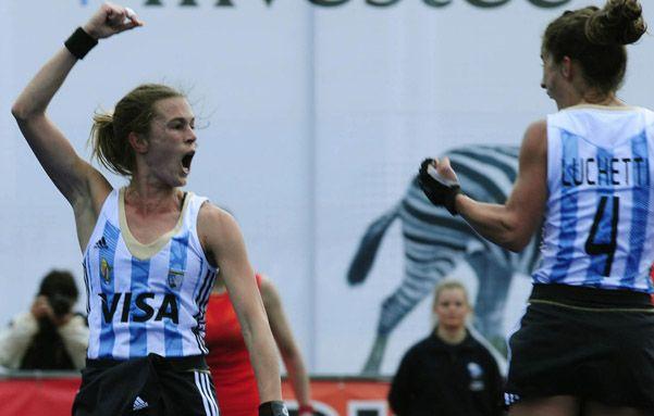 Dos goles. Paula Rebecchi marcó en todos los partidos jugados en Nueva Zelanda. Contra China no fue la excepción.