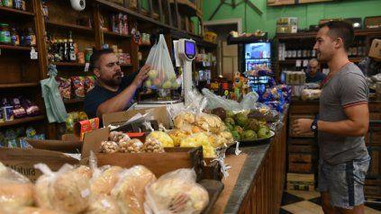 Los referentes del sector almacenero de Rosario aseguran que por la concentración de la oferta, no hay referencia de precios.