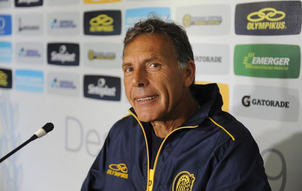 El entrenador canalla dijo que al Coloso irá respetando la idea futbolística de Central.