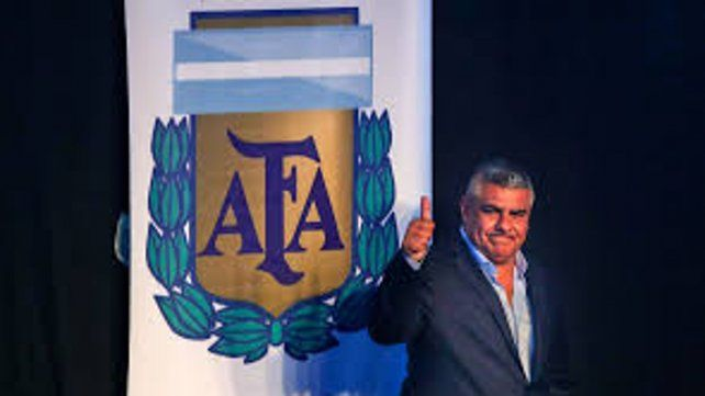 El Chiqui de todos. Tapia ratificó su liderazgo al frente del fútbol argentino.