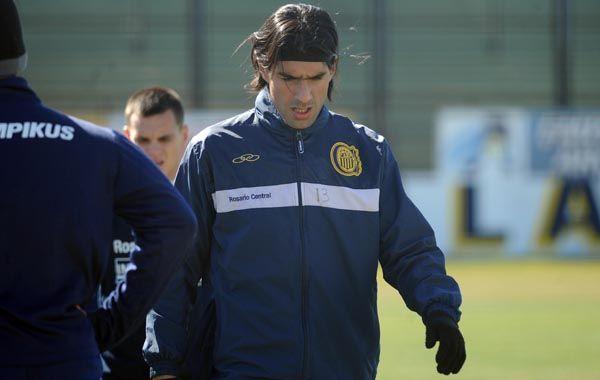 Sebastián Abreu estará desde el primer minuto por primera vez. Foto: A: Celoria.