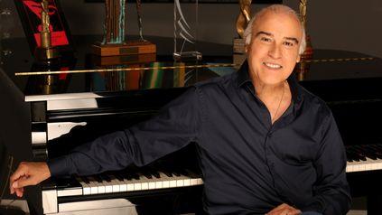 El Paz Martínez cumple 50 años con la música y lo celebra con recital y nuevo disco