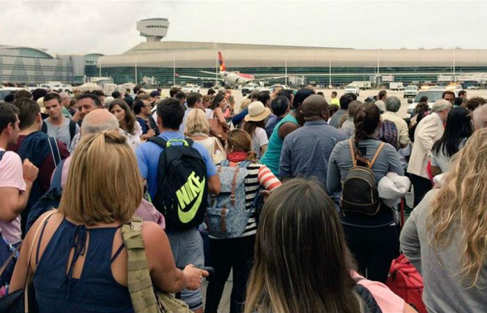 El público debió evacuar un sector del aeropuerto